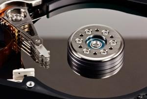 Odzyskiwanie danych z macierzy RAID marka moralna do wezwania.